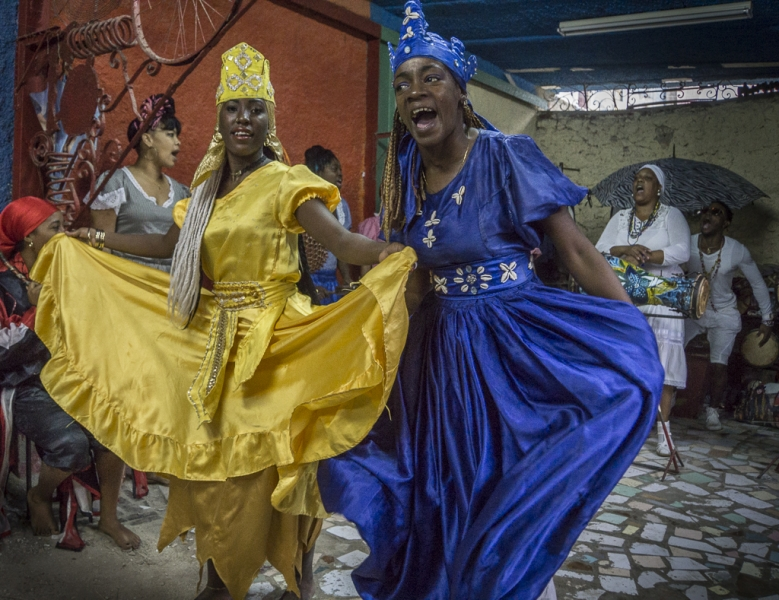 Lets Take Moment To Stop What Were >> Santeria Dancing - Capture the MomentCapture the Moment